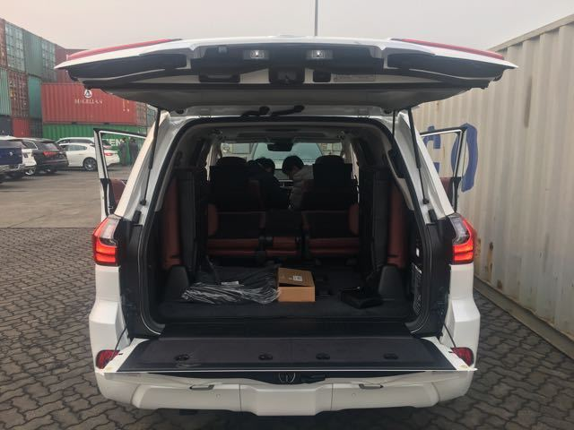 2017款雷克萨斯LX570天津港最新报价
