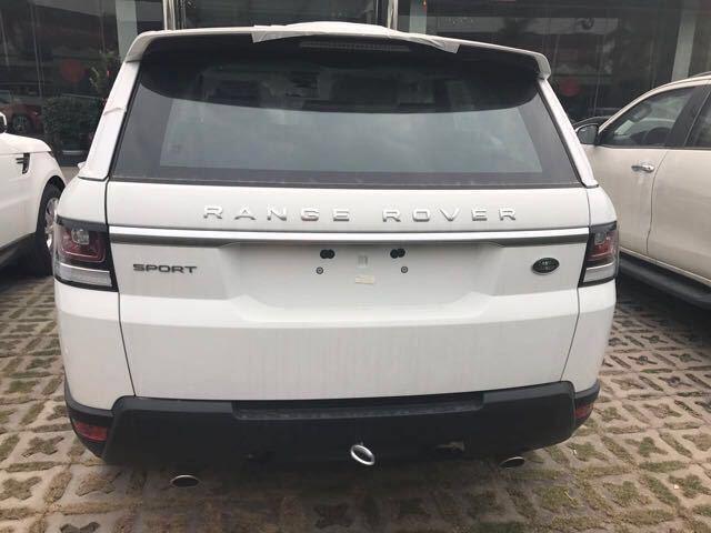 揽胜运动3.0新款时尚SUV惊喜价高清图片