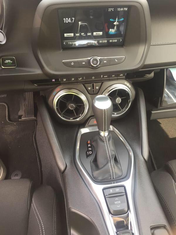 细节方面:2017款雪佛兰科迈罗大黄蜂新车重量减轻的最重要因素是用铝