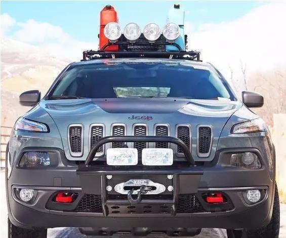 硬朗美系jeep自由光改装 欢迎鉴赏