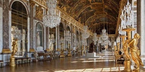 1984年,圣戈班再次因卢浮宫前的玻璃金字塔而名声大噪.
