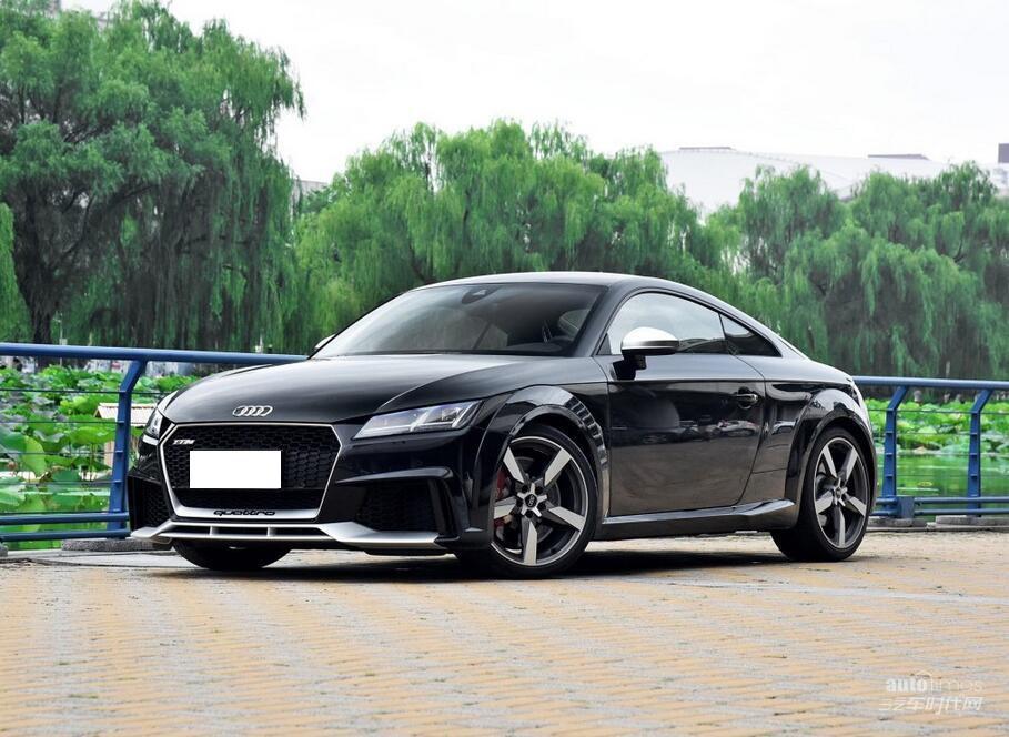 奥迪RS 3/TT RS上市 售56.50/84.80万元