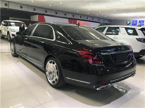 奔驰迈巴赫S450高端轿车 价格优惠现车实拍