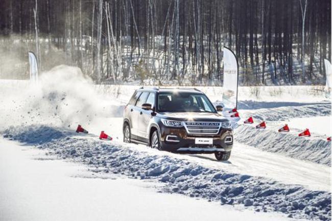 长装置CS95最新官方音耗 7座SUV下月上市雪地试驾