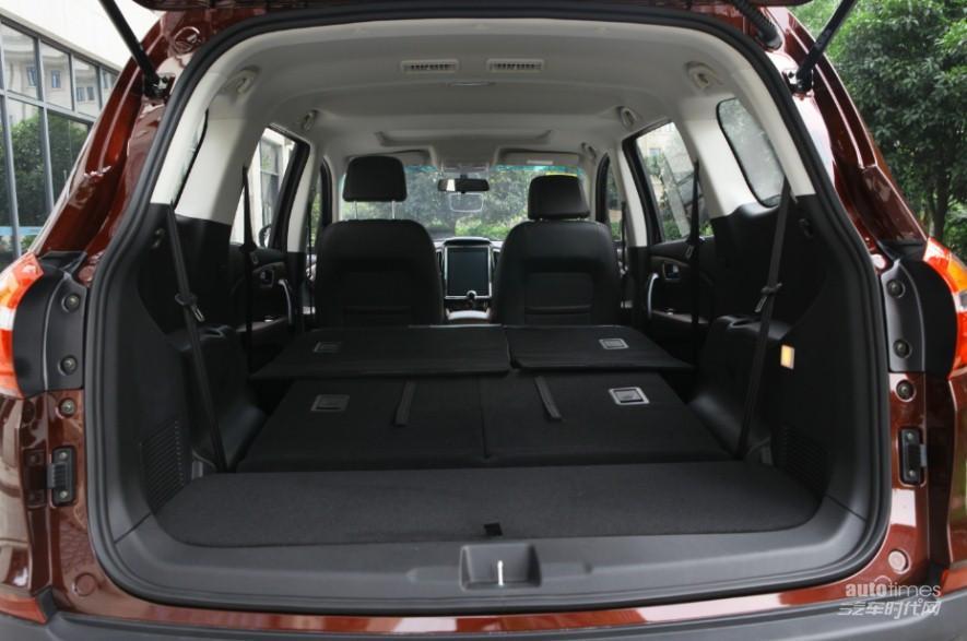 超大7座SWM斯威X7:最适合过年开回家的大空间SUV