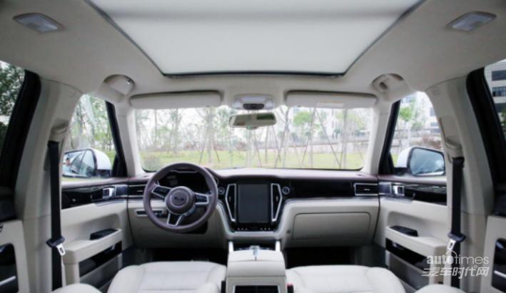 众泰T700 VS吉利博越 打响国产高性价比SUV之争