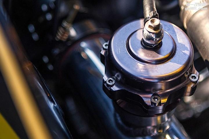 1974-datsun-260z-tial-blow-off-valve.jpg