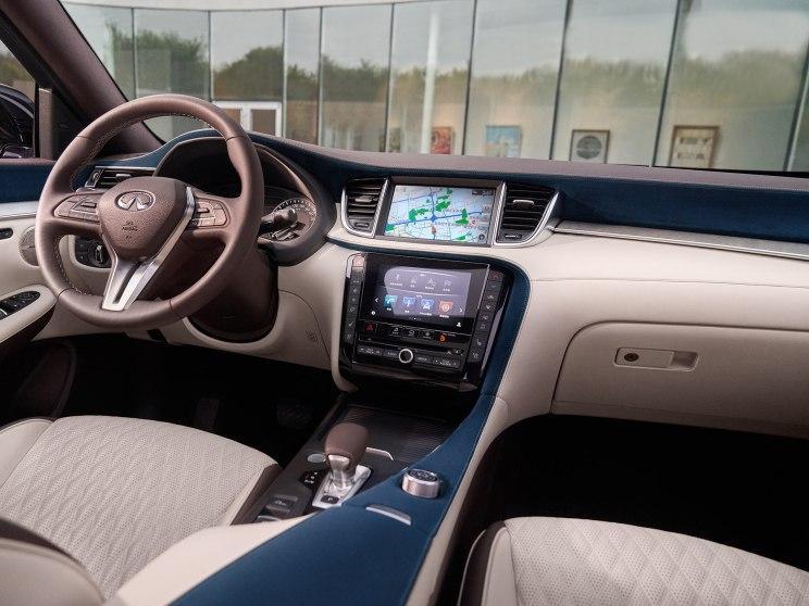 东风英菲尼迪 英菲尼迪QX50 2018款 2.0T 四驱豪华版