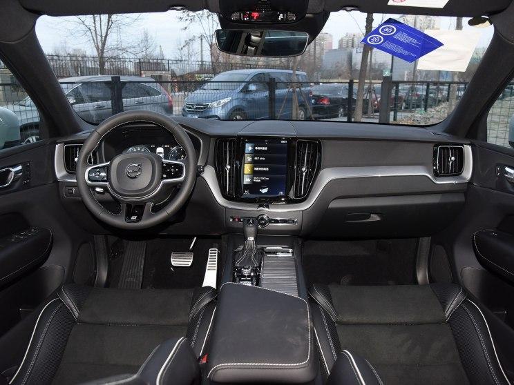 沃尔沃亚太 沃尔沃XC60 2018款 T5 四驱智远运动版
