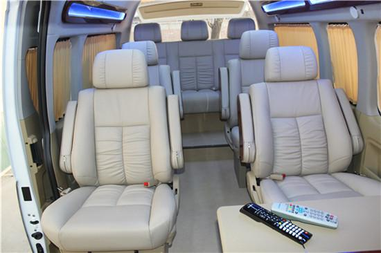 丰田海狮报价 进口海狮7座9座蓝牌商务车图片
