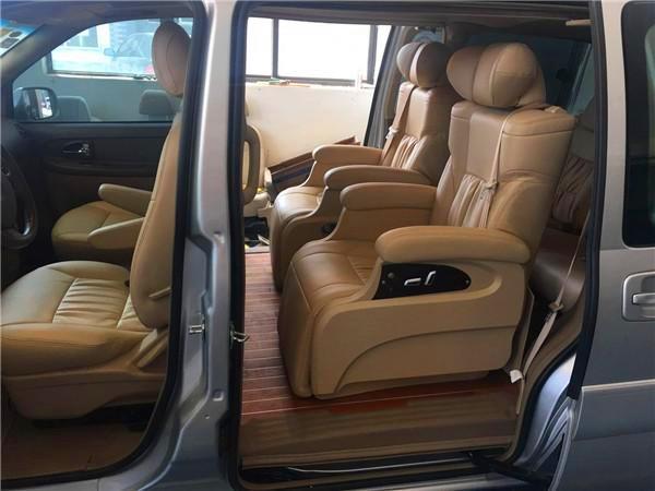 九龙海狮,金杯海狮 提供改装的内容:房车改装 商务车改装 越野车内饰