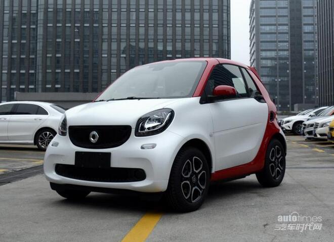 smart fortwo新增车型上市 售13.38万起