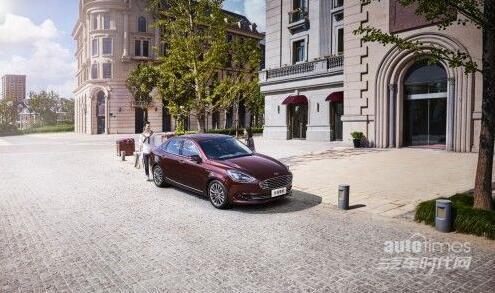 福特福睿斯独具竞争力,树立紧凑级家轿标杆