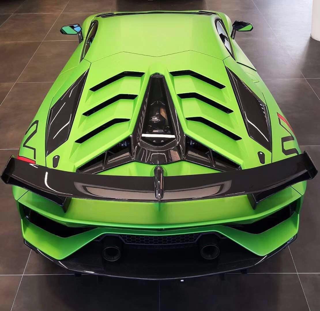 兰博基尼大牛小牛Aventador LP700-4