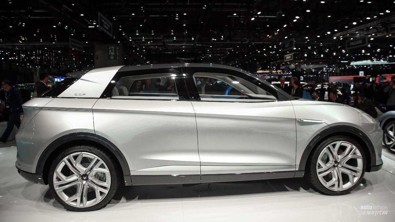 ARCFOX三款车型全球首发,开启引领新能源汽车2.0时代征程