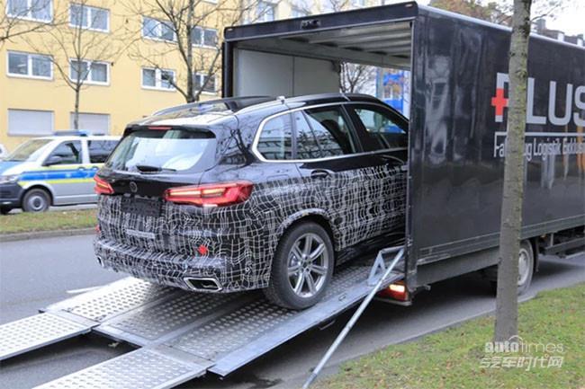 新款宝马X5实车谍照 将于2022年全球首发