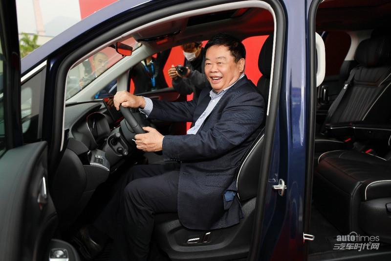 """荣威iMAX8交付博世中国总裁,荣威""""国潮新赢家""""大家庭继续扩大"""