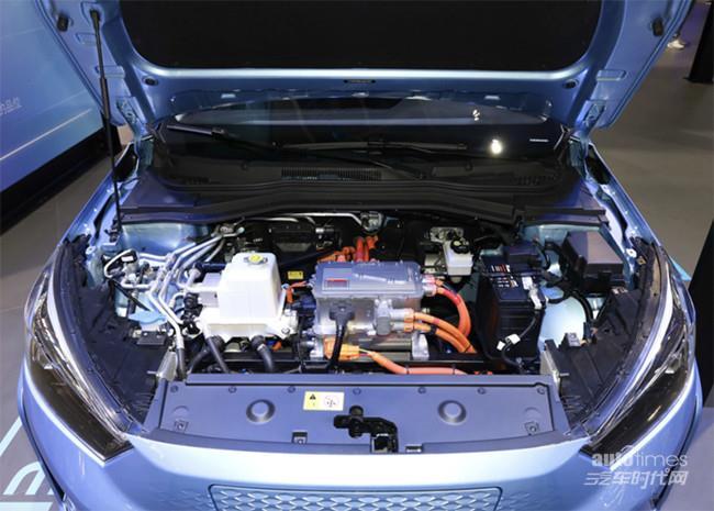 思皓E50A悦享版车型正式上市 售价16.19万元